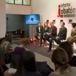 Paco Lobaton y el equipo de especialistas de Informe Lobaton durante la rueda de prensa