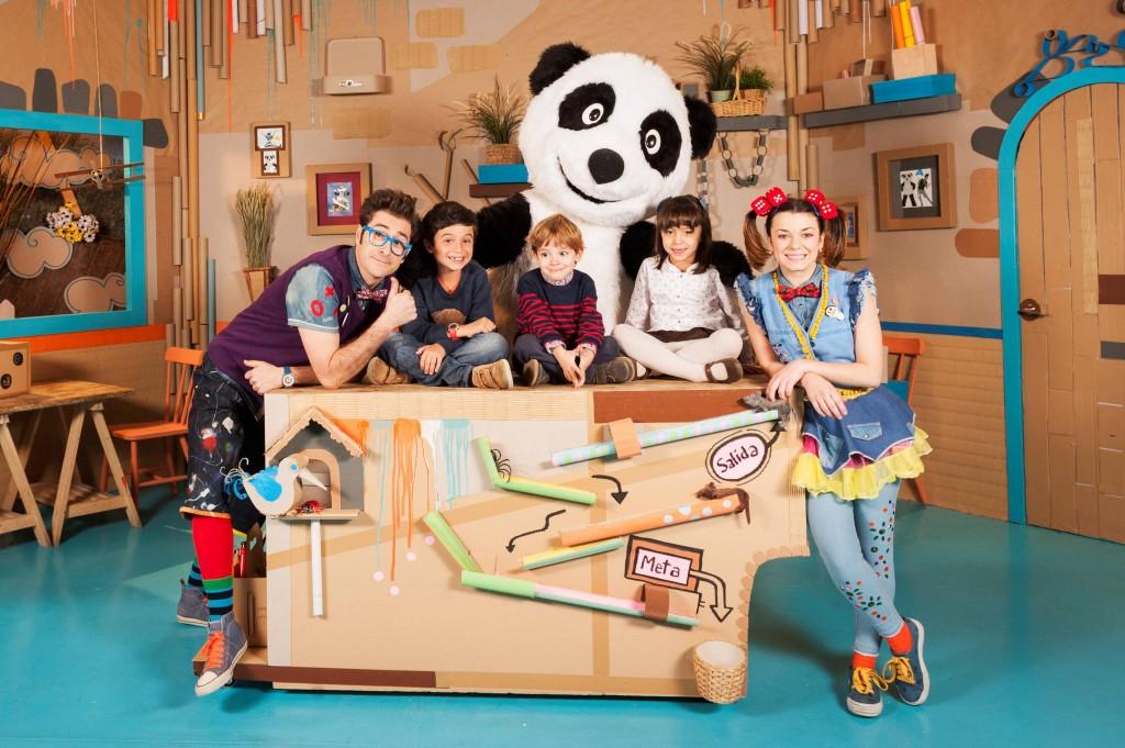 Canal panda estrena en exclusiva panda y la caba a de for La cabana divertida