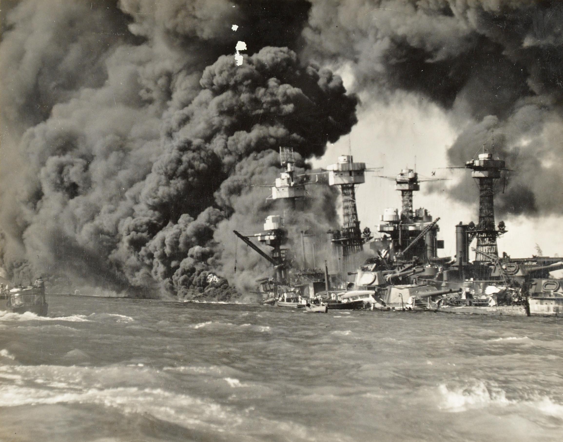 Actual photos of pearl harbor attack